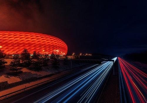 football-stadium-3404535_640