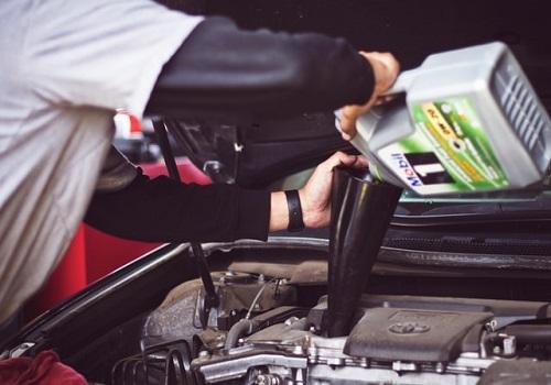 一人ドライブは車の整備も怠らないこと!